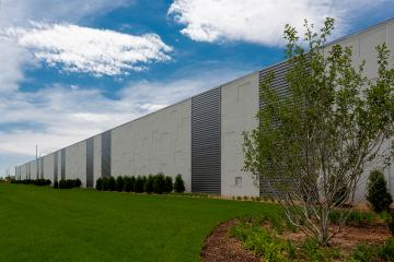 Digital Reality Data Center precast building